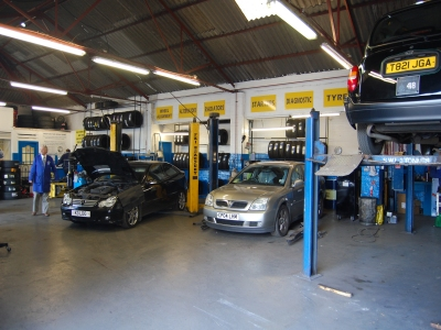 Beautiful Best Fit Glasgow MazdaServicing, MOT And Tyres Site